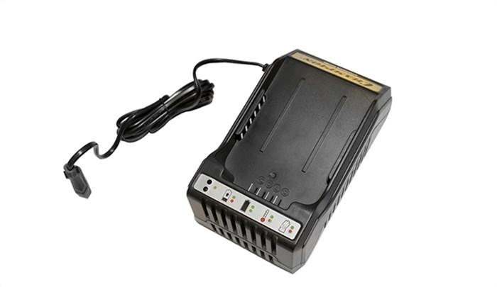 Зарядное устройство для аккумулятора CHAMPION CH360 - фото 21451