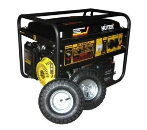 Электрогенератор DY6500LX с колёсами и аккумулятором Huter
